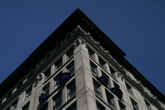 https://www.laborpress.org/images/stories/MunicipalGovernment/triangle7.jpg