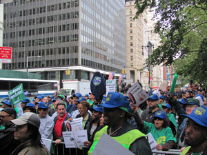 Local 372 and OWS applaud union leaders